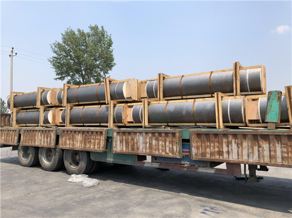Graphite Electrode UHP200 650 700 Length2700mm