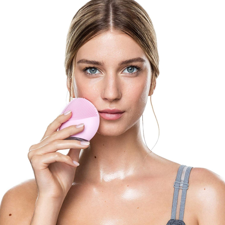 Facial Cleansing Brush 4