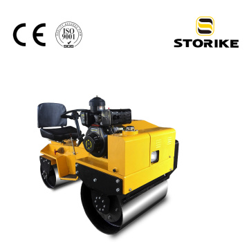 Variable plunger pump small double drum road roller