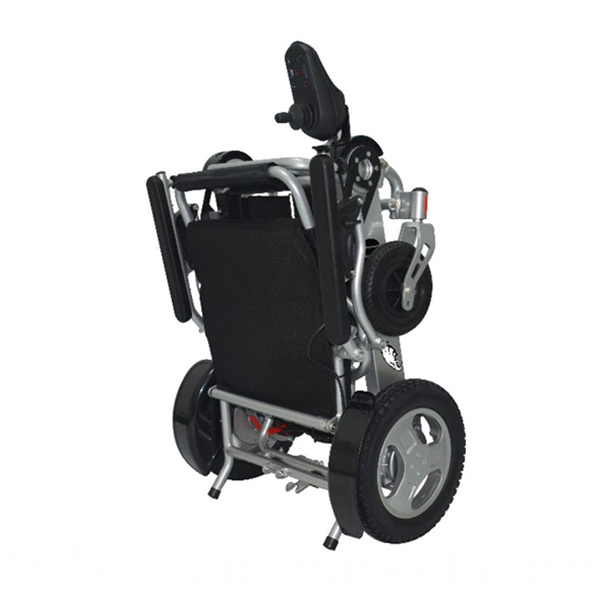 Light Folding Wheelchair