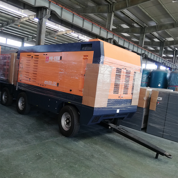 Hongwuhuan HG800-20 20bar high pressure diesel portable screw air compressor for water well drilling rigs