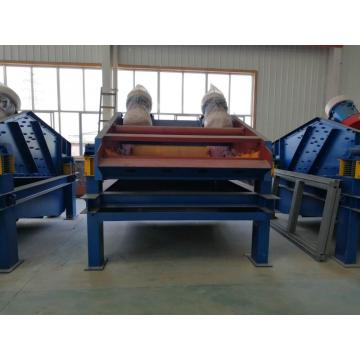 Dewatering vibrating screen with polyurethane mesh