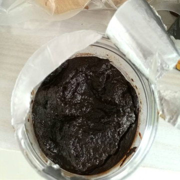Pure Black Garlic Paste with good grade
