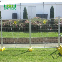 Easy assembled temporary fence