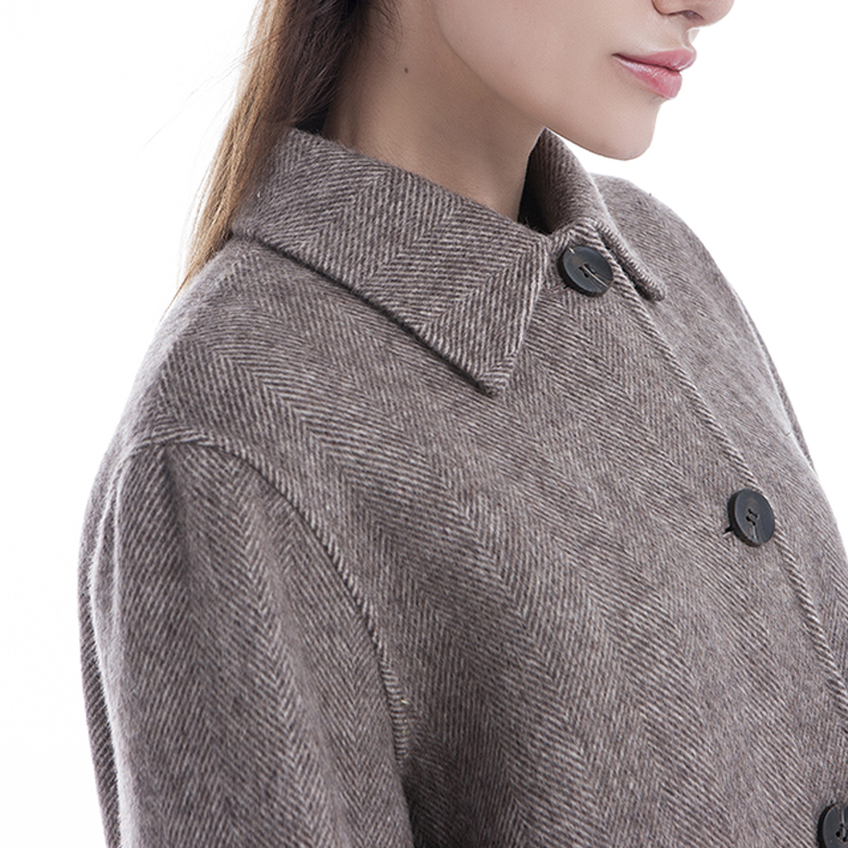 Cashmere winter with collar removable
