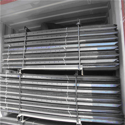 Cheap Metal T-post Wholesale Hot Dipped Galvanized Studded T Post