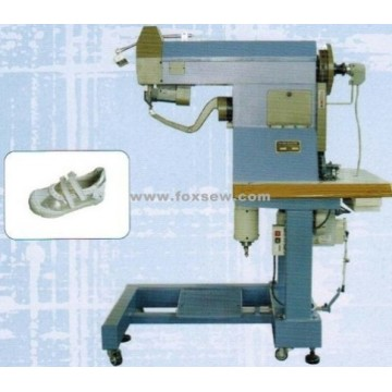 Stitching machines for innersoles