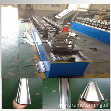 Roller door steel roll forming machine