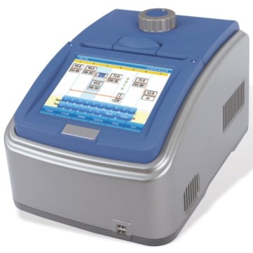 High accuracy touch screen gene amplification thermal cycler