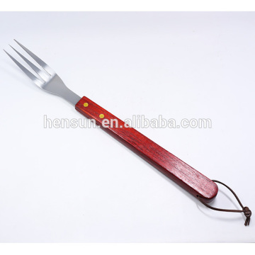 Red Wood Handle Kitchen Beaf Seving Fork