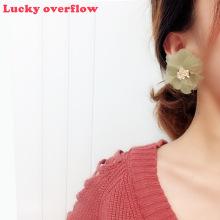 Qingwen Korean Fairy Retro Olive Green Flower Earrings Exaggerated Fresh Chiffon Earrings Without Pierced Ear Clip Women Earring