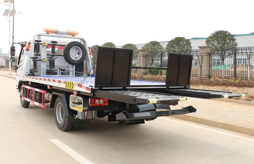 flatbed towing vehicles 3