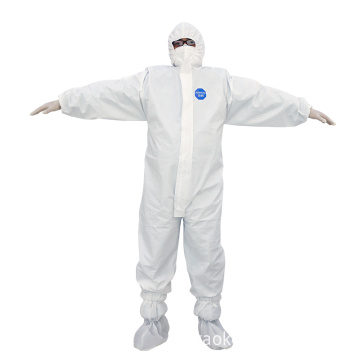 Type 5 protective clothing against solid particles
