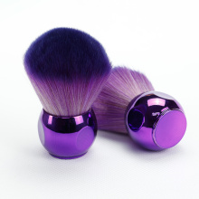 kabuki Brush with Charming Purple