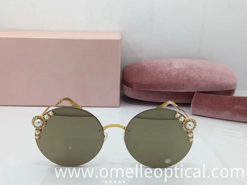 Cat Eye Sunglasses New Look