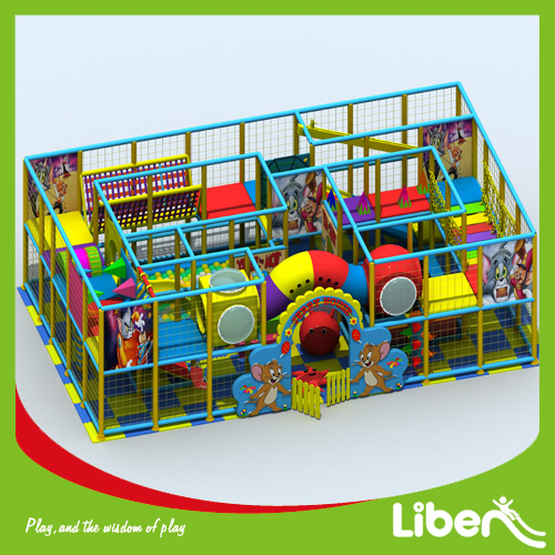 Small indoor amusement playground