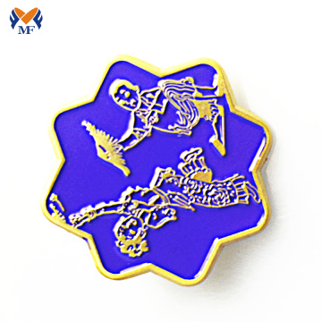 New design glitter metal flower enamel pin badge