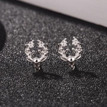 S925 Standard Sterling Earrings Female Korean Small Fresh Plum Antler Earrings Cute Animal Ear Jewelry
