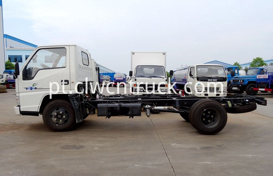 Medium Duty Towing truck chassis 2