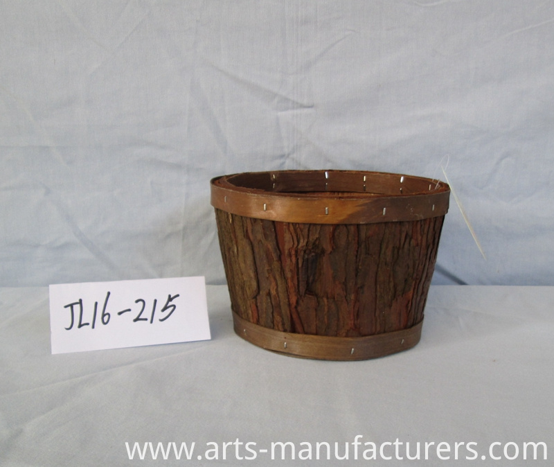 weaving wood bark basket