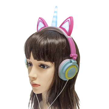 LX-U107 New Trends Light Up Unicorn Headphones