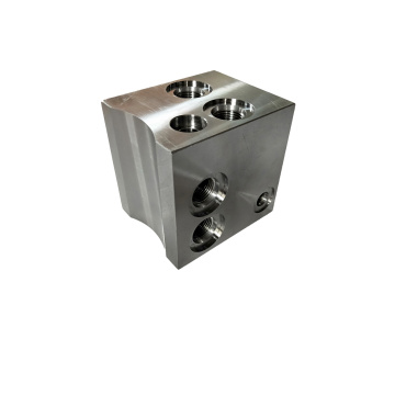 Steel Block CNC Machined Hydraulic Cylinder Oil Valve Port