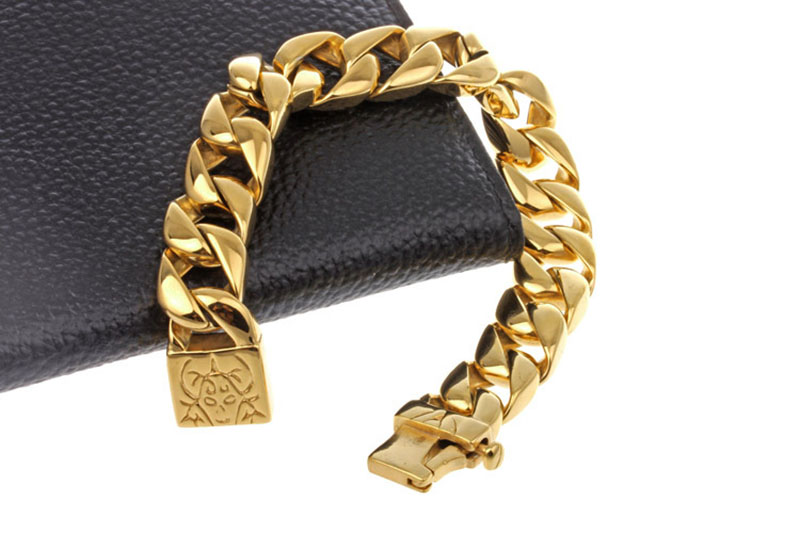 mens gold cuban link bracelet