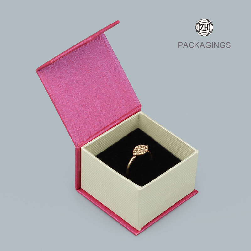 Luxury pink flip-top foldable jewelry sets box