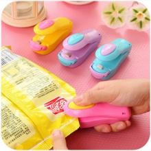 micro heat sealing machine clip vacuum packaging food crisps peanut plastic packaging clip kitchenware color handheld