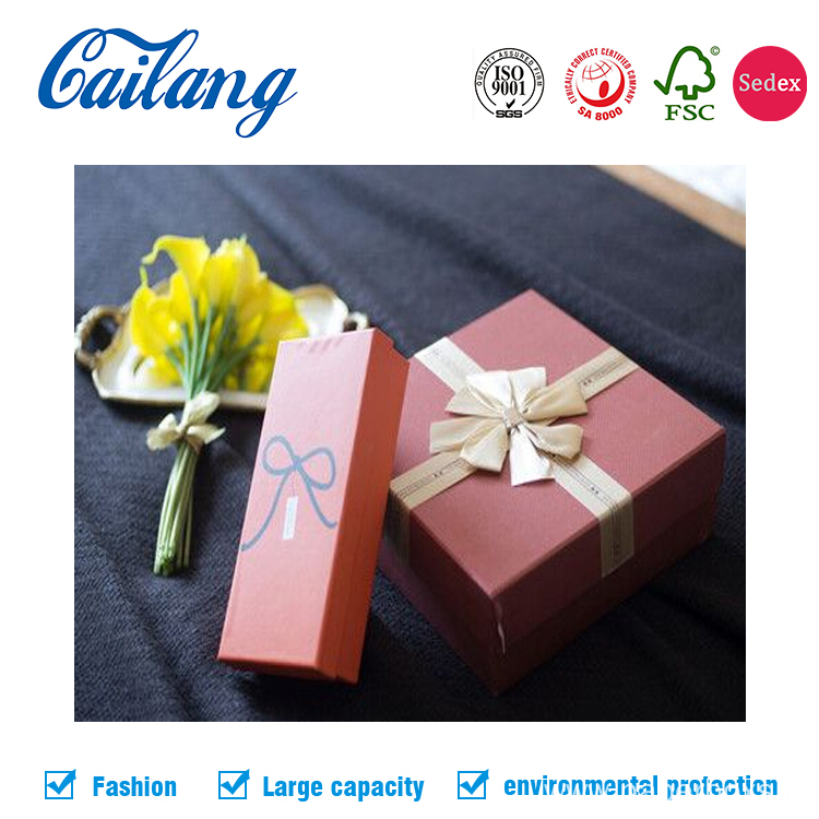 Two-pieces Christmas Holiday Gift Paper Boxes with Tie