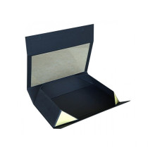 Flat Cardboard Box With Magnetic Closure