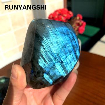 Runyangshi 1pc Natural crystal Colorful Flowing blue light Elongated stone ornaments Crystal Original Moonstone