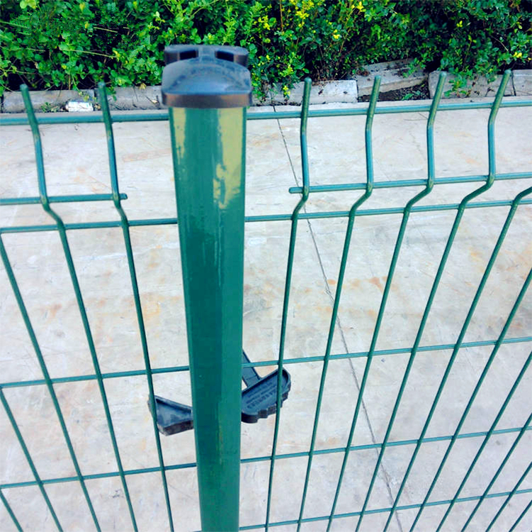 Cheap PVC coated welded wire mesh fence
