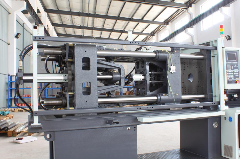 Clamping Unit of Injection Moulding Machinery