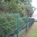 beautiful color bending wire mesh fence