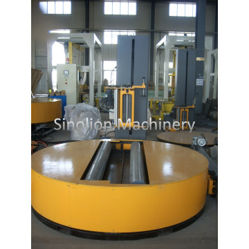 Reel Stretch Wrapper with Top Platen Device