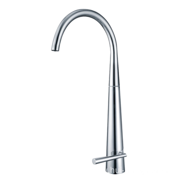 Kitchen pull-out faucet with spray