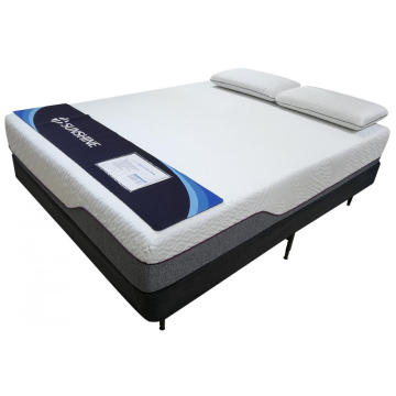 "12"" Deluxe Memory Foam Mattress Queen"