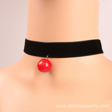 Black Velvet Neck Choker With Big Pearl Pendant Necklace