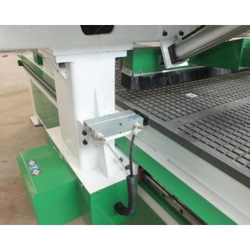 Four Heads CNC Router Machine