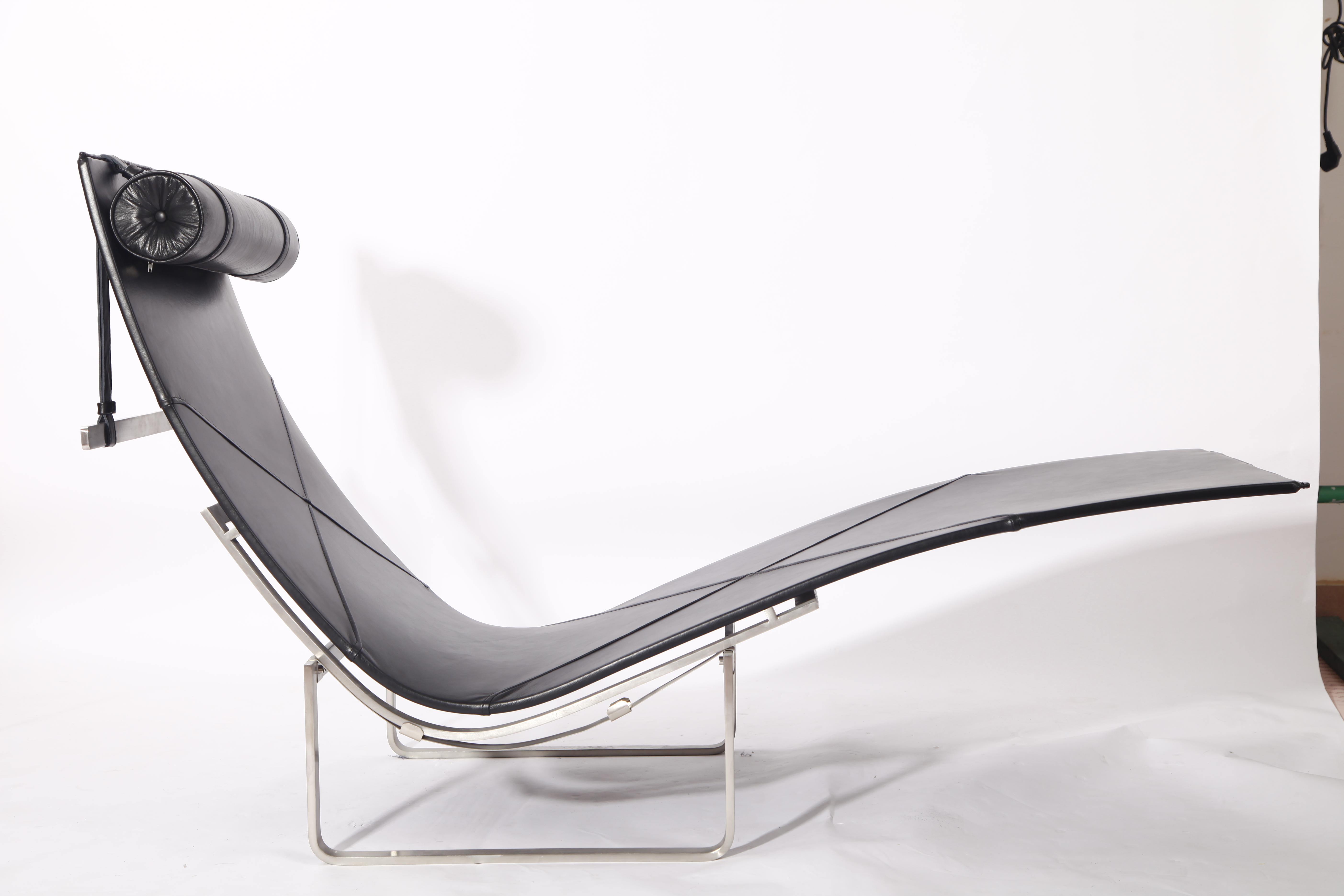PK24 chaise lounge chair replica