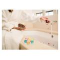 Skin repair moisturizing Bath Oil Beads Floral Fragrance Bath Pearls SPA Massage Oil essential Family hotel travel supplies 3.9g