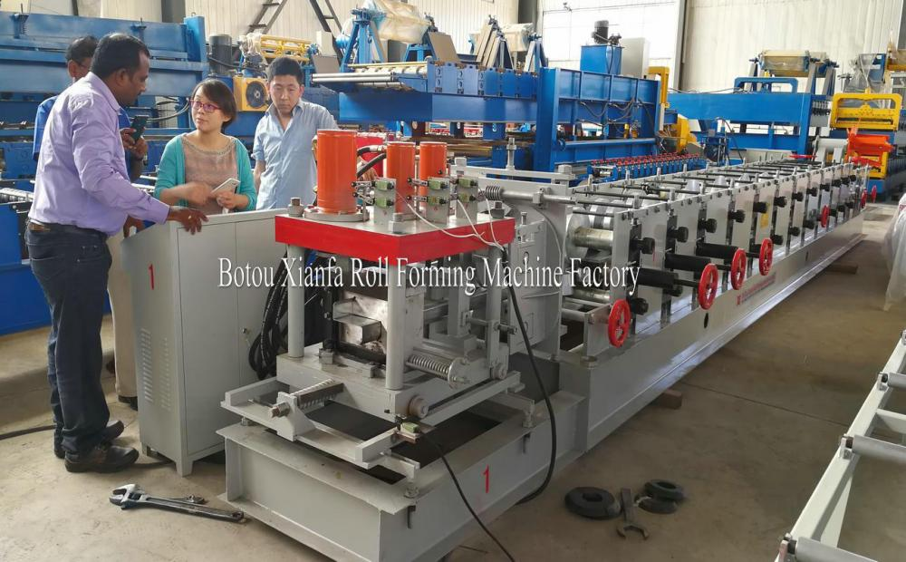 High Quality Z Purlin Roll Forming Machine