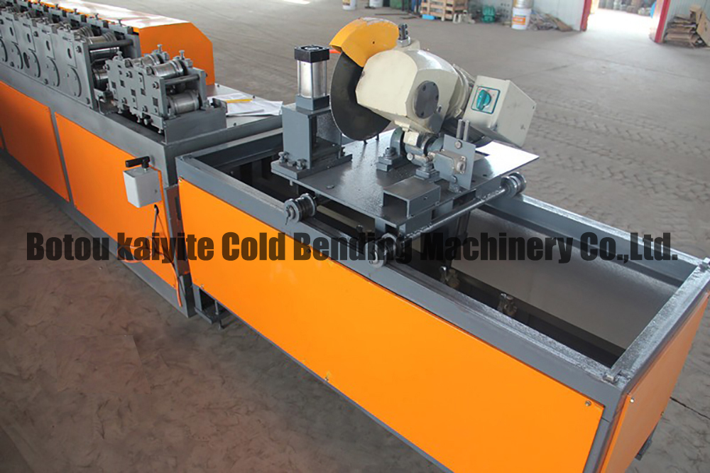 guaid rail machine