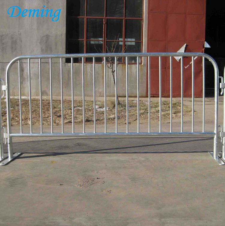 Roadside Metal Concert Crowd Control Barrier