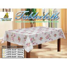 Table cloth with Scallop Edge