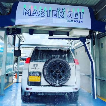 Automatic car wash machine leisuwash touchless