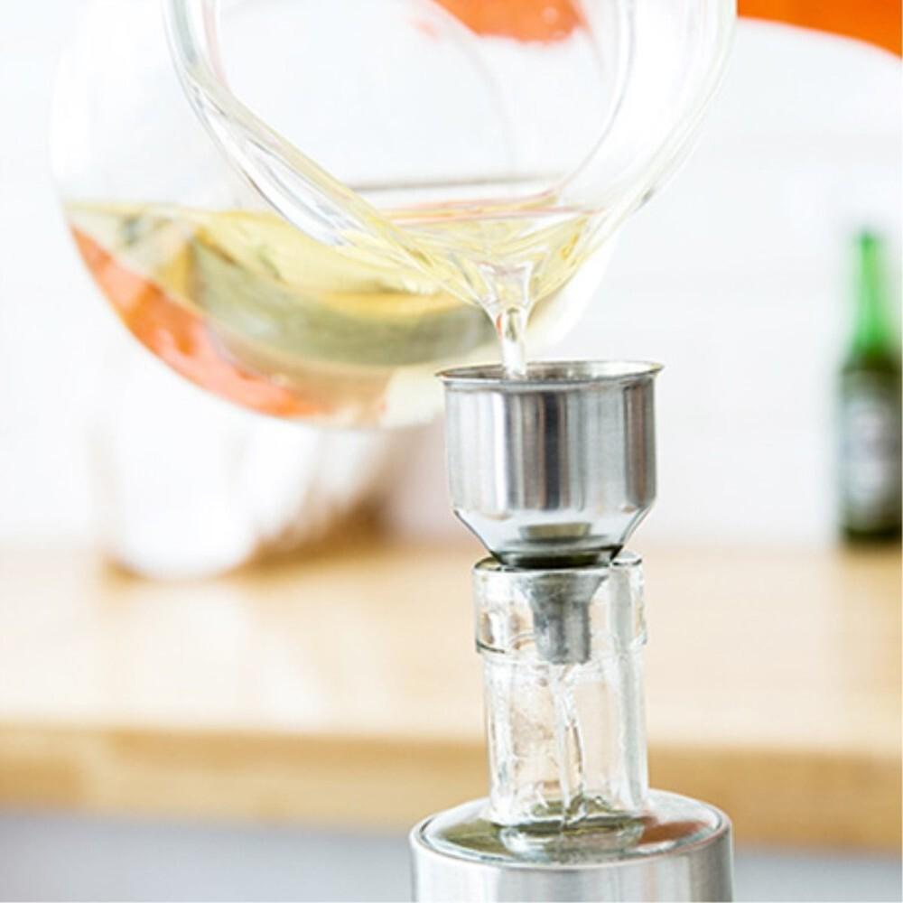 100ML Leakproof stainless steel olive oil sprayer oil spray bottle kitchen seasoning soy sauce barbecue bottle MJ1111