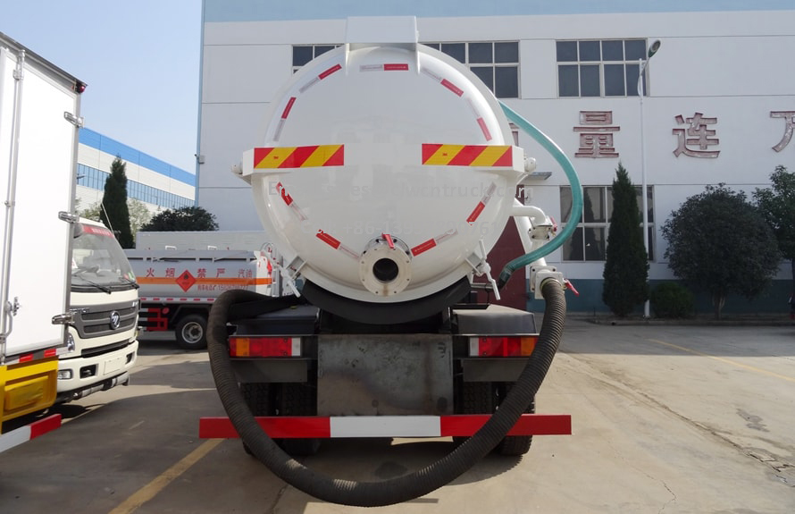 Waste Vacuum Truck Supplier