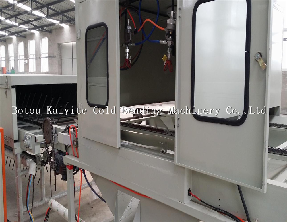 auto surface glue spraying equipment